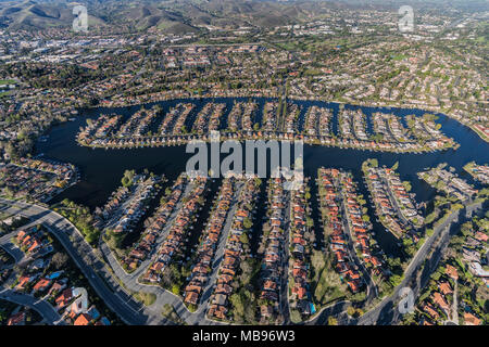 Aerial view of homes on Westlake Island in the Thousand Oaks and Westlake Village communities in Southern California. - Stock Photo
