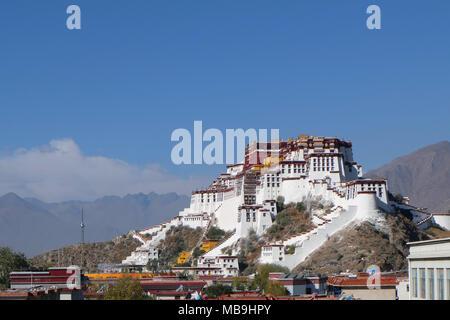 Potala Palace, Tibet, China - Stock Photo
