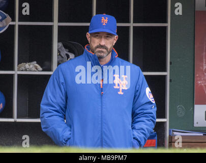 Washington, District of Columbia, USA. 7th Apr, 2018. New York Mets manager Mickey Callaway (36) in the dugout prior to the game against the Washington Nationals at Nationals Park in Washington, DC on Saturday April 7, 2018.Credit: Ron Sachs/CNP. Credit: Ron Sachs/CNP/ZUMA Wire/Alamy Live News - Stock Photo