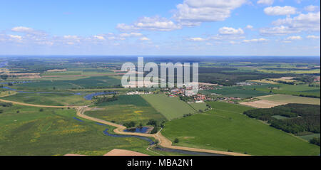 Fischbeck, Germany. 16th May, 2014. View of Fischbeck in the German state of Saxony-Anhalt on 16.05.2014. The village was badly damaged by the Elbe flood in summer 2013. | usage worldwide Credit: dpa/Alamy Live News - Stock Photo