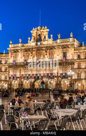 Outdoor cafe in Plaza Mayor, Salamanca, Castile and Leon, Spain