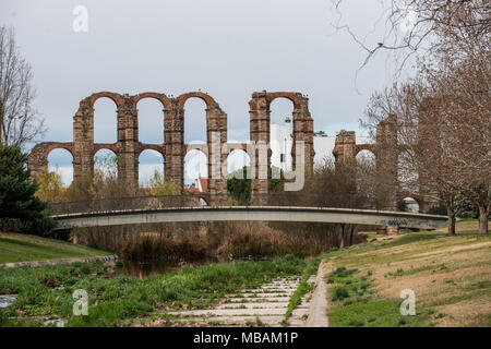 The aqueduct of miracles in the city of Mérida, Extremadura, Spain. - Stock Photo