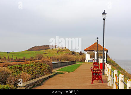 A view of the Norfolk Coast Path along the seafront at the North Norfolk resort of Sheringham, Norfolk, England, United Kingdom, Europe. - Stock Photo