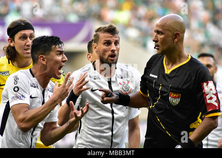 Sao Paulo, Brazil. 8th April, 2018.  Players of the Corinthians - Match between Palmeiras and Corinthians, in the last edition of the Paulista Championship, at the Palmeiras Arena, Barra Funda, west side of São Paulo, on Sunday afternoon, 08. (Photo: Eduardo Carmim / Photo Premium) Credit: Eduardo Carmim/Alamy Live News - Stock Photo