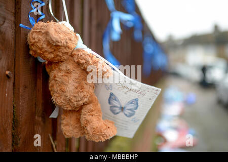 Hither Green, South London, UK. 10th April 2018. Floral tributes to Henry Vincent killed by Richard Osborn-Brooks torn down overnight in Hither Green South London. Credit: MARTIN DALTON/Alamy Live News - Stock Photo