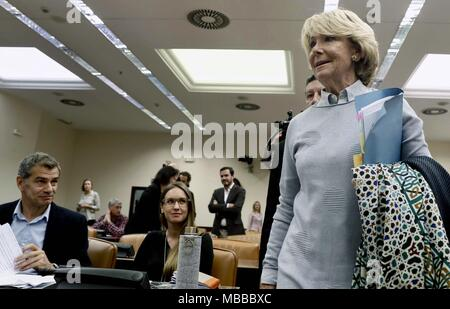 Madrid, Spain. 10th Apr, 2018. Former regional president of Madrid Esperanza Aguirre arrives to appear before the Lower House in Parliament's investigation committee on the alleged illegal funding of People's Party (PP), in Madrid, Spain, 10 April 2018. Credit: Mariscal/EFE/Alamy Live News Stock Photo