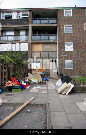 Council houses in Lewisham being prepared for demolition, London, England, Britain - Stock Photo