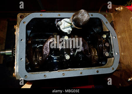 TRIUMPH SPITFIRE ENGINE MK IV, 1296CC, BIG END BEARINGS AND OIL PUMP ASSEMBLED. - Stock Photo
