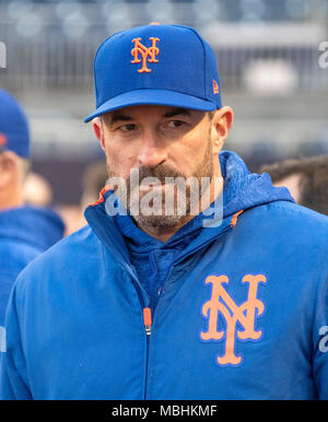 Washington, USA. 09th Apr, 2018. New York Mets manager Mickey Callaway (36) prior to the game against the Washington Nationals at Nationals Park in Washington, DC on Sunday, April 8, 2018. Credit: Ron Sachs/CNP (RESTRICTION: NO New York or New Jersey Newspapers or newspapers within a 75 mile radius of New York City) - NO WIRE SERVICE - Credit: Ron Sachs/Consolidated/dpa/Alamy Live News - Stock Photo