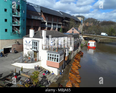 The boathouse on the river Wear in Durham city, County Durham, England, taken fro Elvet bridge. - Stock Photo