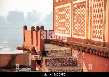 View across Yamuna river from Ud-Daulah's Tomb, Uttar Pradesh, India. Commonly called Baby Taj or Jewel Box, it was built between 1622-1628 - Stock Photo