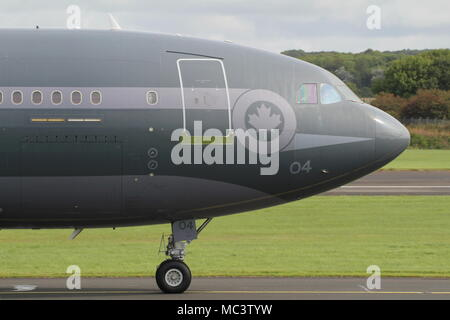 11504, an Airbus CC-150T Polaris operated by the Royal Canadian Air Force, departing Prestwick International Airport in Ayrshire. - Stock Photo