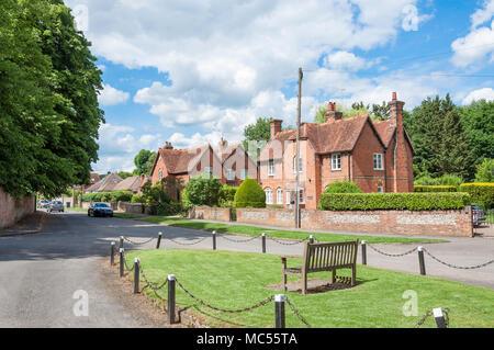 Houses on Church Road, Little Marlow, Buckinghamshire, England, United Kingdom - Stock Photo