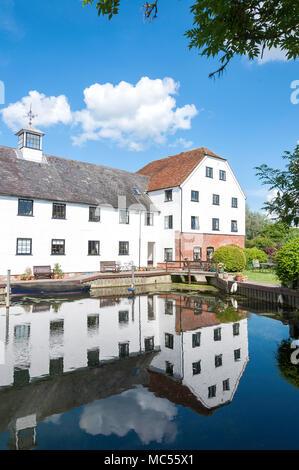18th century Hambleden Mill, Mill End Lock, Hambleden, Buckinghamshire, England, United Kingdom - Stock Photo