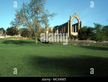 Haunted Places - Bolton Abbey, Yorkshire, is said to be haunted by the ghost of a monk. This may be the same ghost who has been described as 'wearing a black cloak''' - Stock Photo