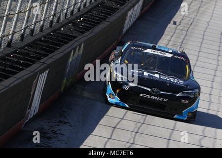 Bristol, Tennessee, USA. 13th Apr, 2018. April 13, 2018 - Bristol, Tennessee, USA: Chad Finchum (40) brings his car down the backstretch during final practice for the Fitzgerald Glider Kits 300 at Bristol Motor Speedway in Bristol, Tennessee. Credit: Chris Owens Asp Inc/ASP/ZUMA Wire/Alamy Live News - Stock Photo
