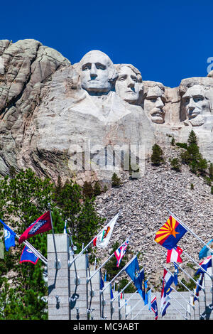 Mount Rushmore National Monument in South Dakota. Famous sculptures of 4 US presidents - Washington, Jefferson, Lincoln, and Theodore Roosevelt