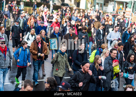 Berlin, Germany. 14th Apr, 2018. Thousands of people seen taking part of the demonstration under the motto ''resist rental madness''. More than 13,000 people demonstrated against ''repression and rent madness'' in the capital. Credit: Markus Heine/SOPA Images/ZUMA Wire/Alamy Live News Credit: ZUMA Press, Inc./Alamy Live News - Stock Photo