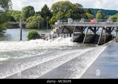 Hambledon Weir at Hambledon Lock, Hambleden, Buckinghamshire, England, United Kingdom - Stock Photo