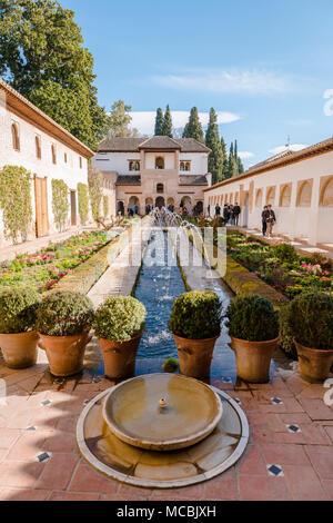 Garden with fountain, Patio de la Acequia, Gardens of the Generalife, Summer Palace Generalife, Palacio de Generalife, Granada - Stock Photo