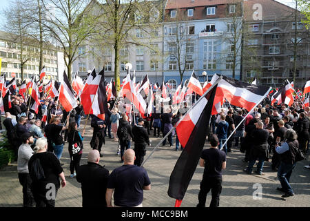 "Dortmund, April 14th 2018: Neo-Nazi march in Dortmund/Germany. Right-wing extremist parties such as the party 'Die Rechte' (The Rights) demanding under the heading EUROPE AWAKE a 'white Europe' --- Dortmund 14.04.2018: Neonazi-Demonstration in Dortmund. Rechtsextremistische Parteien wie die Dortmunder Partei 'Die Rechte' fordern unter der Überschrift ""EUROPA ERWACHE"" ein 'weisses Europa"" - Stock Photo"