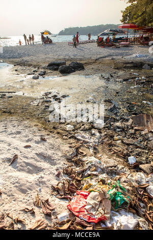 Plastic pollution on a tourist beach in Sihanoukville, Cambodia - Stock Photo