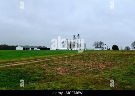 Large silos on a farm in Maryland, USA - Stock Photo