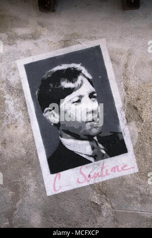 Painting on a wall of a narrow lane - photographs of artists who visited and worked in Céret, Pyrénées-Orientales, Occitaine Region, southern France. - Stock Photo
