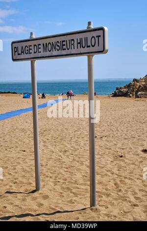 France, Loire-Atlantique, Saint-Nazaire, Saint-Marc beach where the moovie Monsieur Hulot's Holiday from Jacques Tati was shoot - Stock Photo