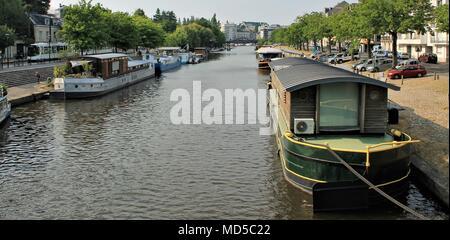 Barges along Erdre river in Nantes, Loire Atlantique, Pays de la Loire region, France - Stock Photo