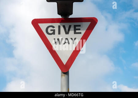Give way road traffic sign, England, UK - Stock Photo