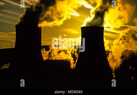 Cooling Towers, Port Talbot, Gwent, South Wales, UK, GB. - Stock Photo