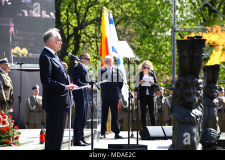 Poland, Warsaw, 19th April 2018: President Andrzej Duda join commemorations on 75th Warsaw ghetto uprising together with the President of the World Jewish Congress Ronald Lauder at the Jewsih cemetry and Ghetto Heroes Monument in Warsaw. ©Jake Ratz/Alamy Live News - Stock Photo