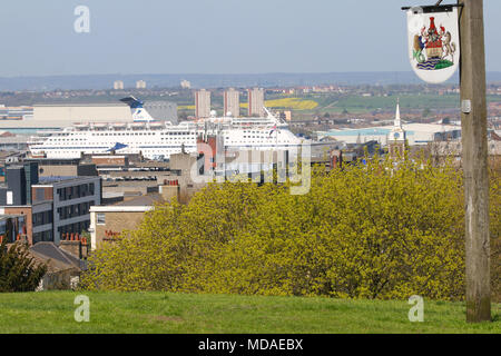 Gravesend, United Kingdom. 19th April, 2018. Cruise ship Magellan moored at Tilbury cruise terminal seen from across the Thames in Gravesend. It is another hot and sunny day in Gravesend, Kent, as the UK enjoys summer-like weather.  Rob Powell/Alamy Live News - Stock Photo