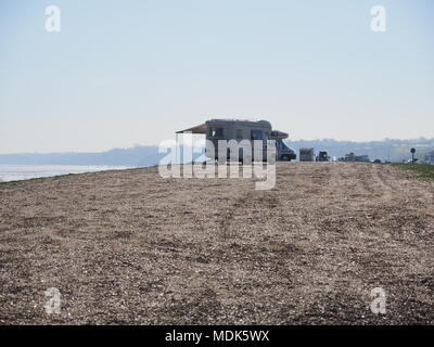 Minster on sea, Kent, UK. 20th April, 2018. UK Weather: a warm sunny morning in Minster on sea in Kent. Credit: James Bell/Alamy Live News