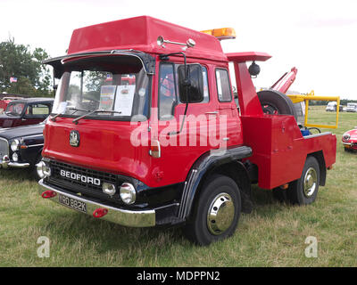 1971/72 Bedford recovery truck, Rauceby war weekend Lincolnshire - Stock Photo
