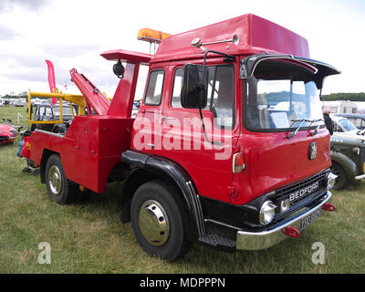 Bedford recovery truck, Rauceby war weekend, LIncolnshire - Stock Photo
