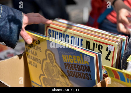 London, UK.  21 April 2018.  An analogue music stall in Soho on the 11th Record Store Day.  Over 200 independent record shops across the UK come together annually to celebrate the unique culture of analogue music with special vinyl releases made exclusively for the day. Credit: Stephen Chung / Alamy Live News - Stock Photo