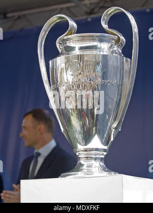 Kiev, Ukraine. 21st Apr, 2018. The UEFA Champions League trophy is seen during a handover ceremony in downtown Kiev, Ukraine, on 21 April 2018. Kiev will host the UEFA Champions League Final matches on 24 and 26 May 2018. Credit: Serg Glovny/ZUMA Wire/Alamy Live News - Stock Photo