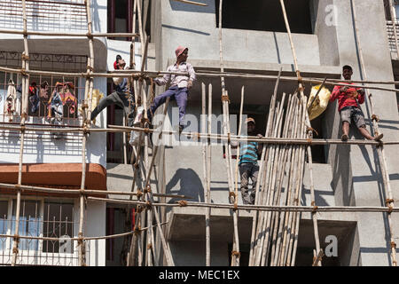 apartment block under construction, Mumbai, India - Stock Photo