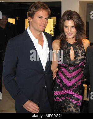 CINDY CRAWFORD RANDY GERBER 2006 Photo By John Barrett/PHOTOlink.net - Stock Photo