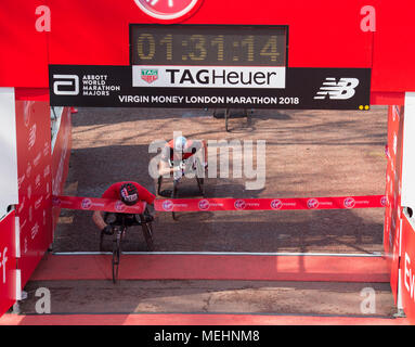 The Mall, London, UK. 22 April 2018. The Virgin Money London Marathon takes place in hot sun with athletes finishing on The Mall. David Weir (GBR) winning Elite Men's Wheelchair race. Credit: Malcolm Park/Alamy Live News. - Stock Photo
