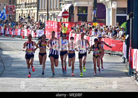 London, UK. 22nd Apr, 2018. The Virgin Money London Marathon 2018 ;  #LondonMarathon ; runners Credit: Marcin Libera/Alamy Live News - Stock Photo