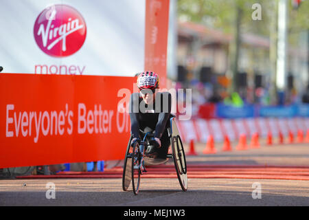 London, UK. 22nd Apr, 2018. Amanda McGrory (USA) crossing the finish line on The Mall during the Virgin Money London Marathon Women's Wheelchair race, The Mall, London, United Kingdom.  McGrory finished in 5th place with a time of 1:43:04. Credit: Michael Preston/Alamy Live News - Stock Photo