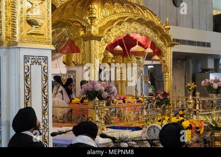 DELHI, INDIA - 8 January 2018: prayer of the Sikhs in Gurudwara Bangla Sahib. inside the temple - Stock Photo