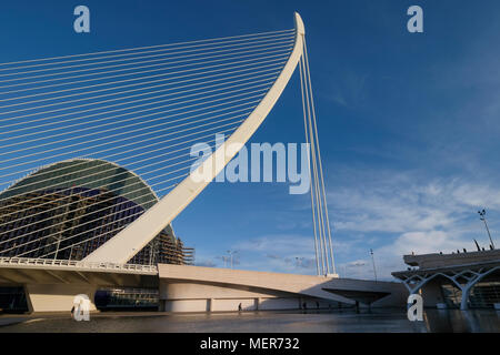 The Assut de l'Or Bridge, a feature of the city skyline and part of The City of Arts and Sciences in Valencia, Spain. - Stock Photo