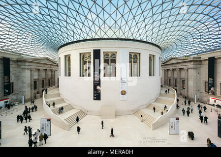 London. England. British Museum, The Great Court, interior, with the Reading room at it's centre.   The Queen Elizabeth II Great Court, designed by Fo - Stock Photo