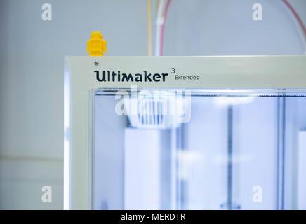 Ultimaker 3 3D printer - Stock Photo