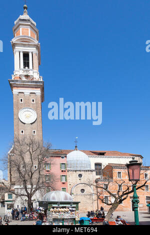 Chiesa dei Santi Apostoli, Campo dei Santi Apostoli, Cannaregio, Venice,  Veneto, Italy in early spring with its bell tower or campanile - Stock Photo