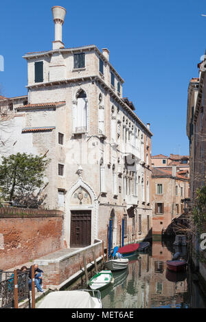 Palazzo Soranzo Van Axel, Fondamenta Van Axel, Rio della Panada, Cannaregio, Venice, Veneto, Italy, the best preserved Gothic palace in Venice - Stock Photo
